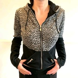 🙀 Snow Leopard Hoodie w Cat Ears! 🙀
